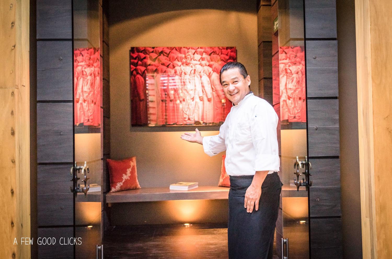 Chef-ichikawa-welcomes-you-at-asian-fusion-restaurant-indochine-nizuc-cancun