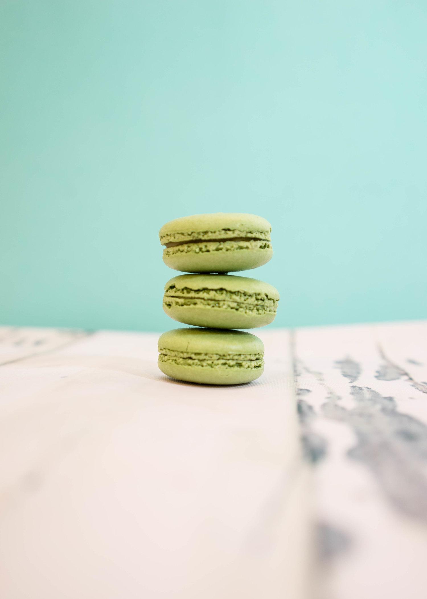 pistachio-macaron-photography-by-food-photographer-palo-alto