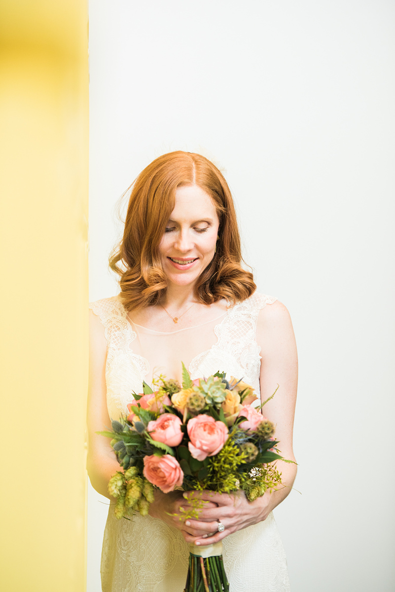Bride with the flowers from Urban Botanica.