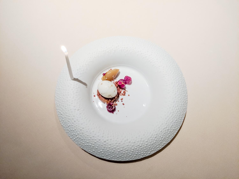 michelin-star-food-photography-manresa-birthday-plate