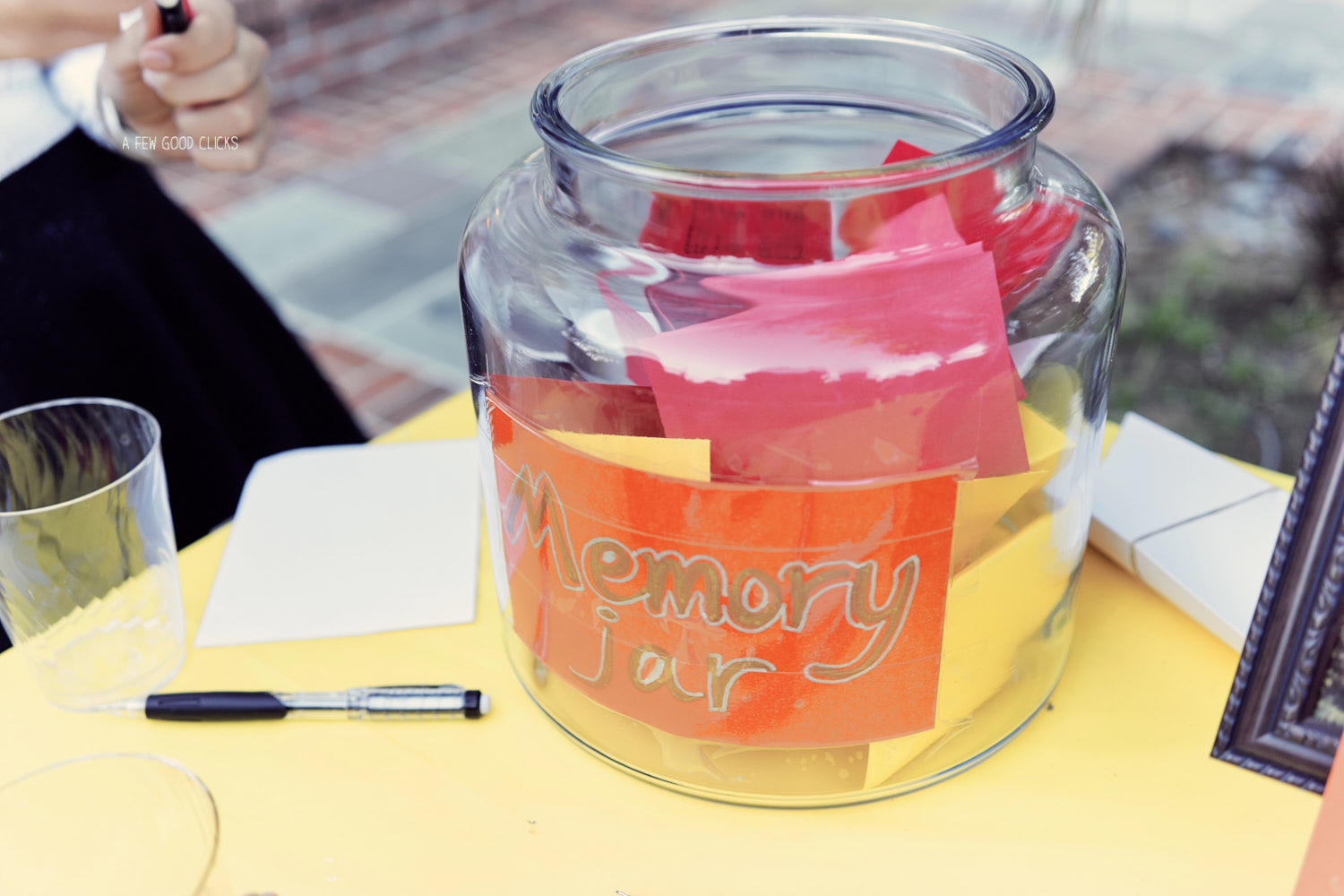 Here is the memory jar you need for your event.