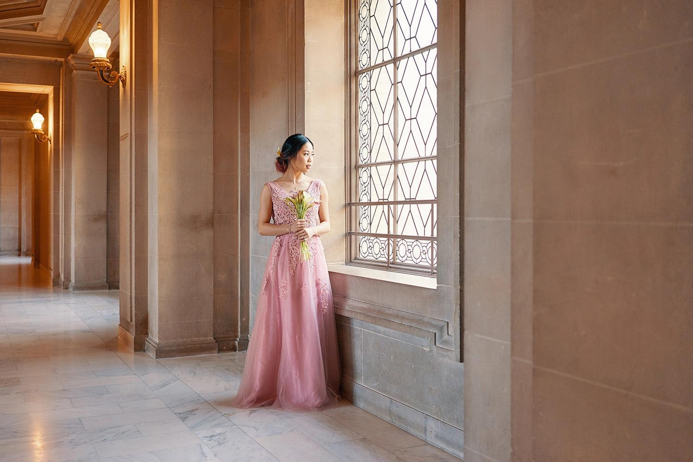 San Fran City hall bridal shoot | 4th-floor window