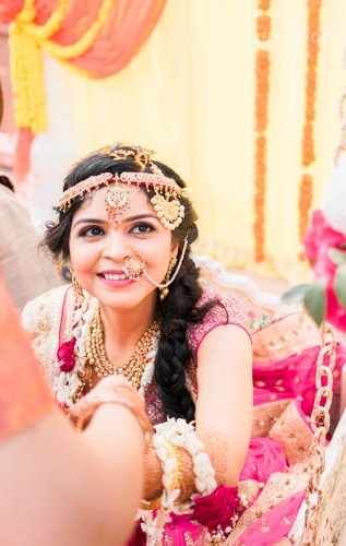 Gorgeous Indian bride smile,  you'd want to shoot.