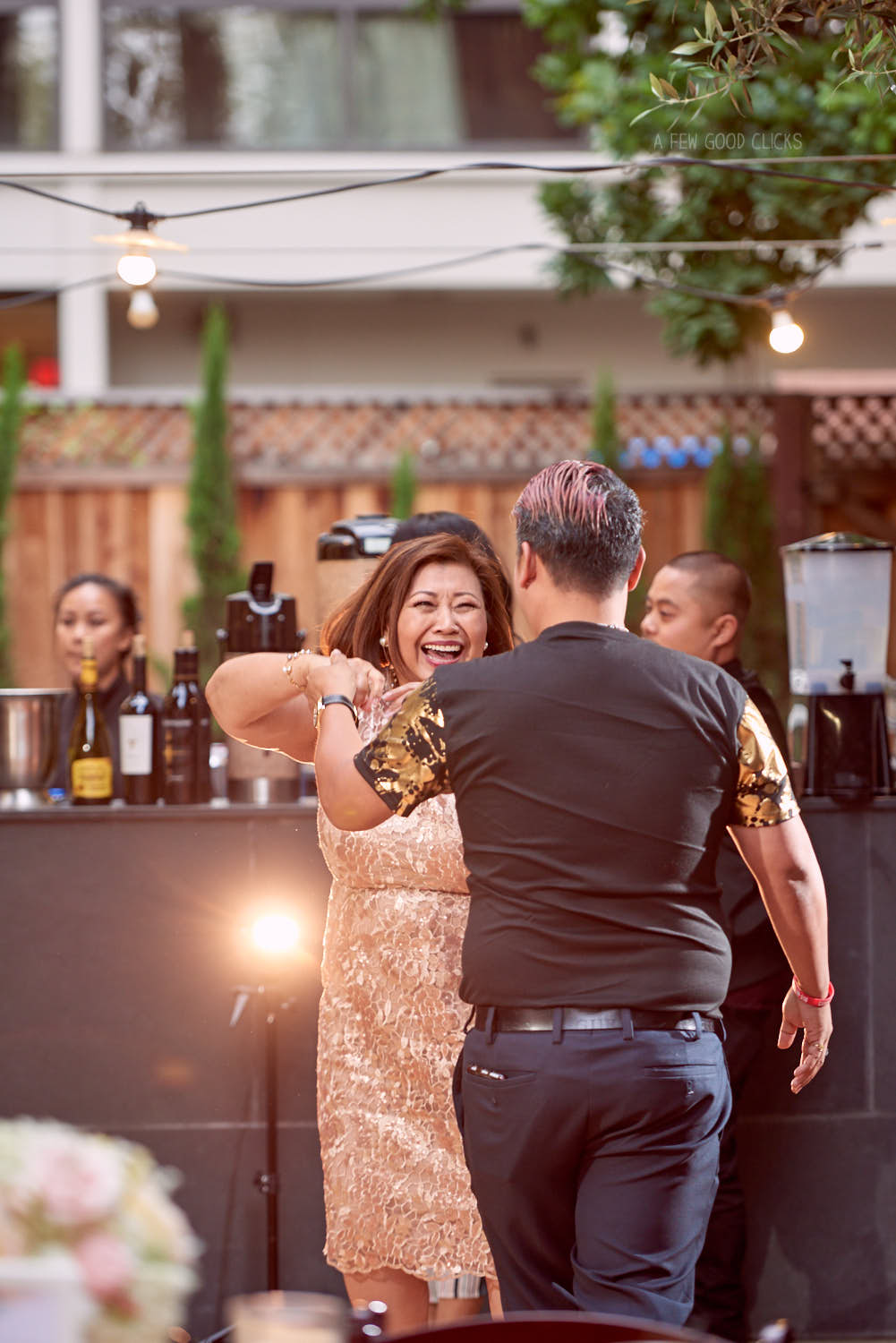 50th-birthday-party-dancing-photography-a-few-good-clicks