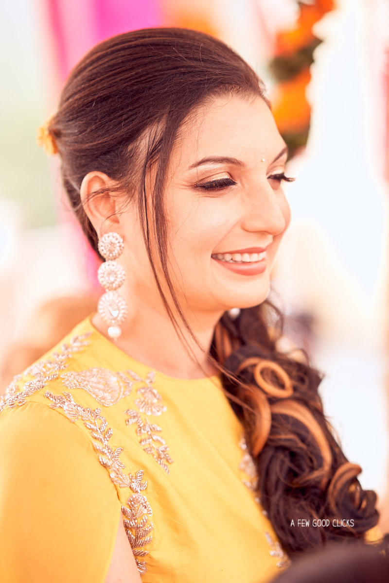 bridal-to-be-poses-indian-wedding-photographer-in-jaipur