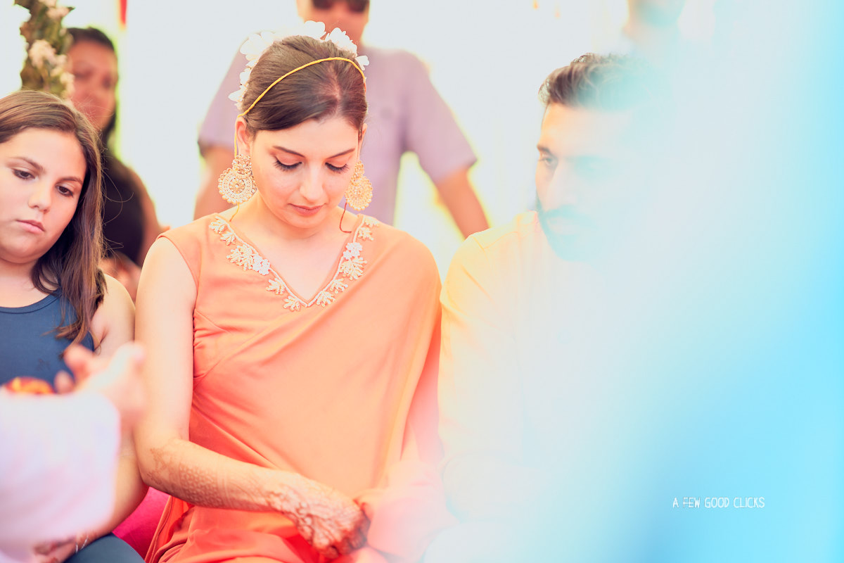 haldi-chuda-ceremony-of-bride-wedding-photography-by-a-few-good-clicks