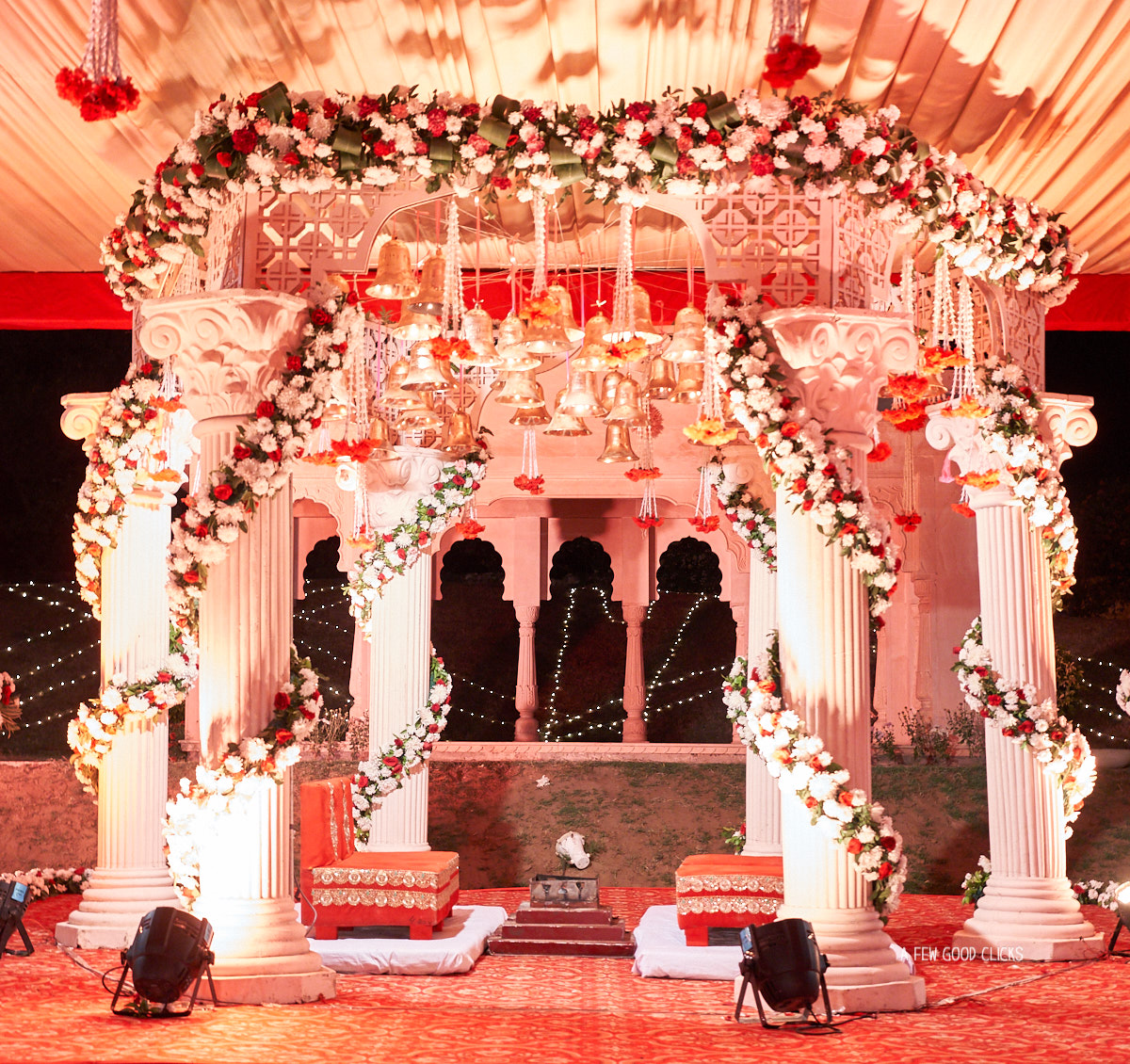 I really liked the use of temple bells in mandap set-up for the fire ceremony.