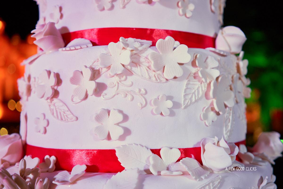 wedding-cake-rajasthali-resort-spa-jaipur-photography-by-afewgoodclicks
