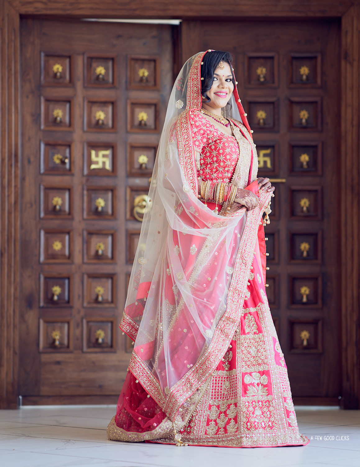 indian-bride-wedding-photography-at-sunnyvale-hindu-temple-ca 36.jpg