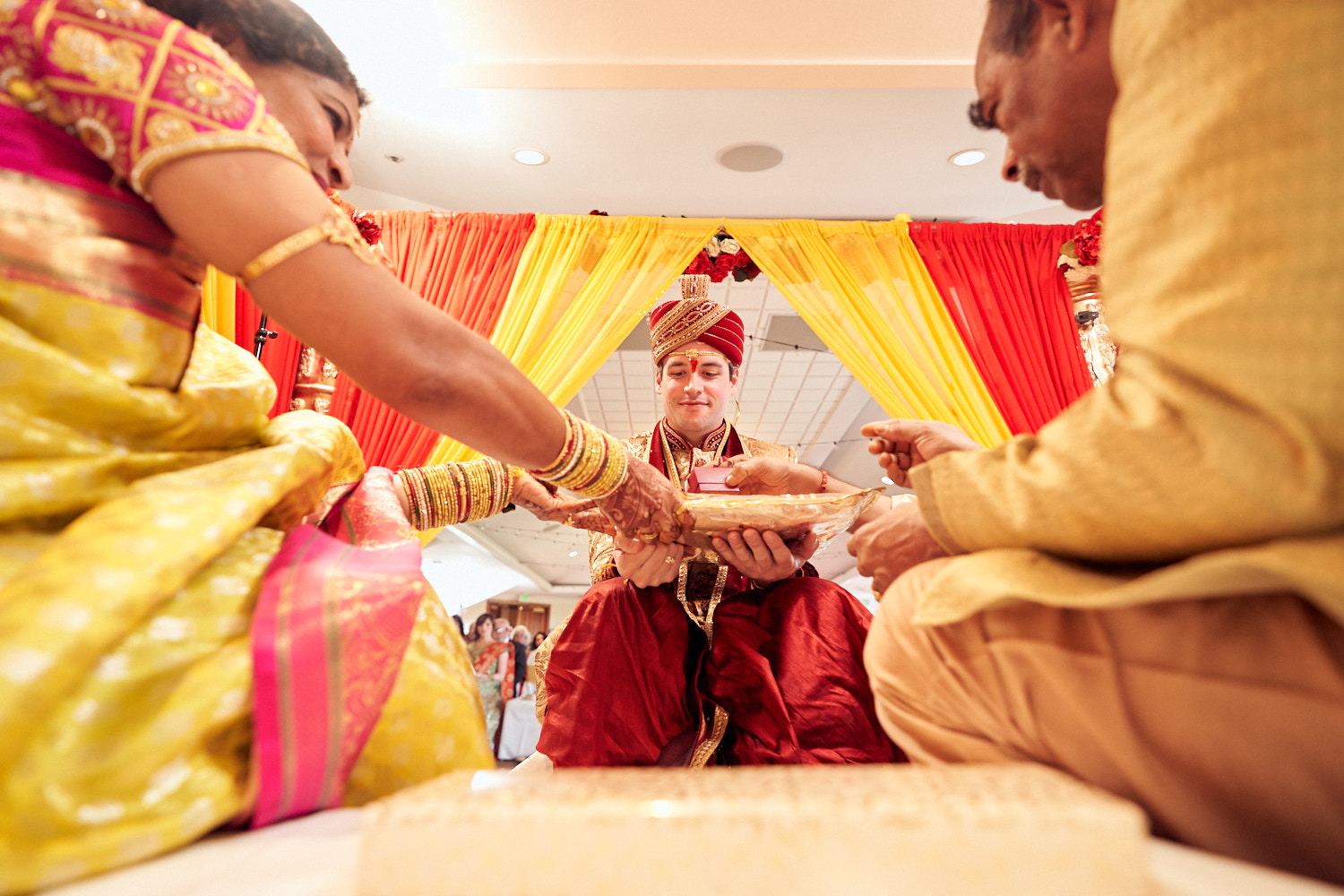 south-indian-wedding-ceremony-photography-by-afewgoodclicks-net-in-saratoga 98.jpg