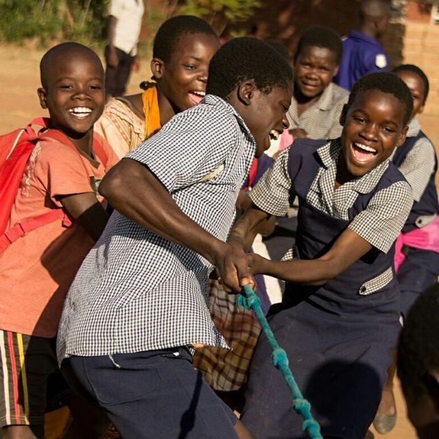 Tug of war is fun all the time.⠀ .⠀ .⠀ .⠀ #miqlat #malawi #games #hope #children #nonprofit #education #tia #thisisafrica #girlchild #kogoyahopecenter #thyolodistrict #alivetothrive
