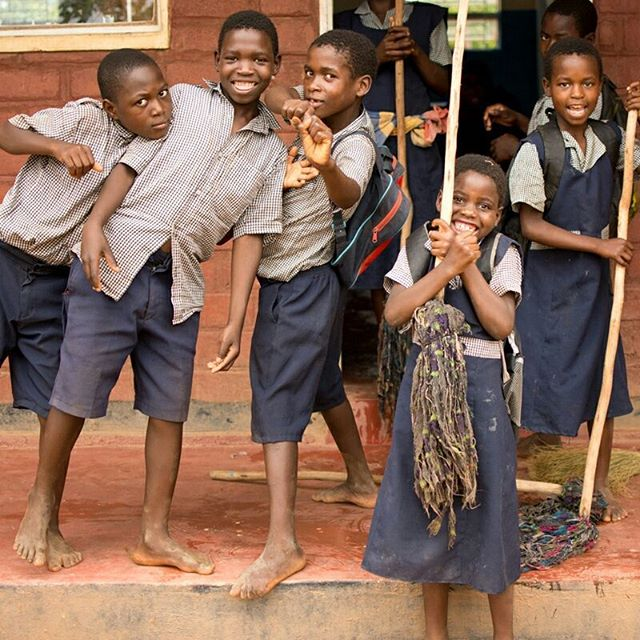 When school is out, it's time to clean! And we don't even mind because we're about to whip these boys into helping us too. ⠀ .⠀ .⠀ .⠀ #miqlat #malawi #nonprofit #sponsorachild #childsponsorship #ngo #kogoya #girlchild #girls #education #school #chores #workworkwork #weworkhard