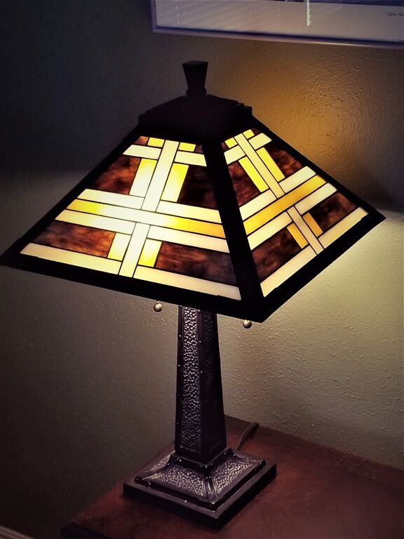 Geometric Lamp_preview.jpeg