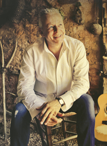 Tommy Emmanuel Music Without Borders