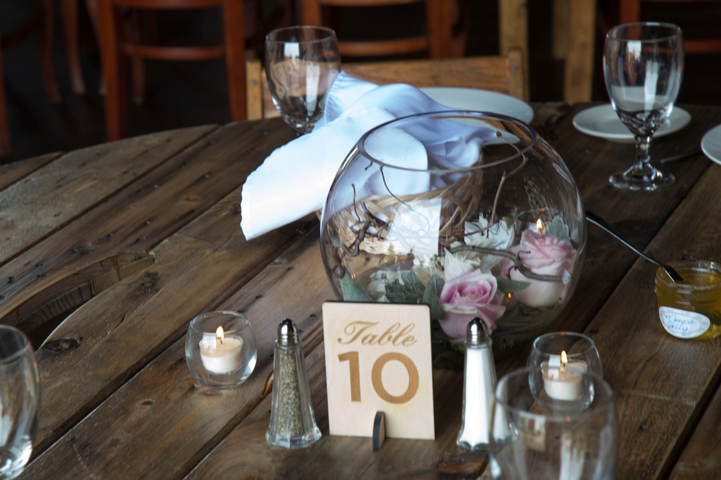 7-3-Barn_Table_Centerpieces_6713 2.jpg