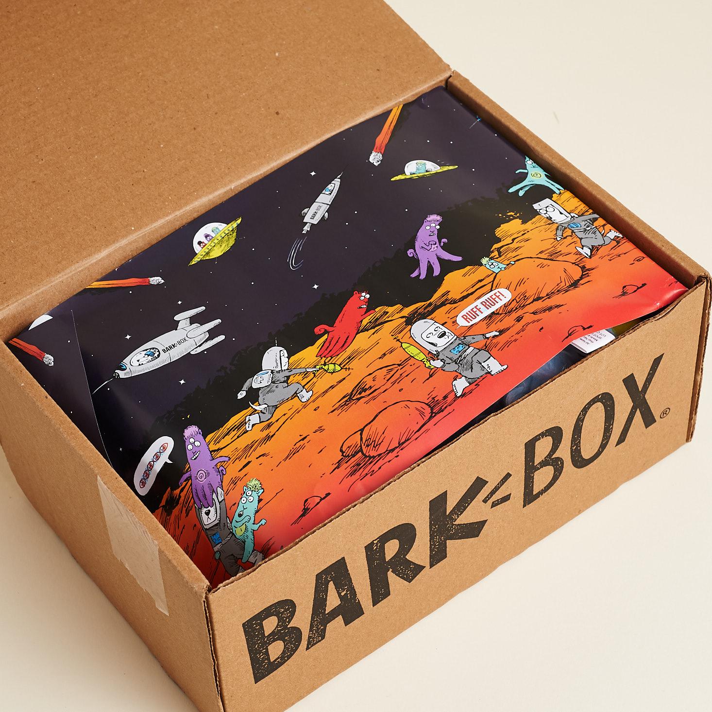 Barkbox-Invasion-August-2017-0002-733x733@2x.jpg
