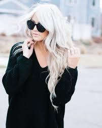 Vedlikehold blondfargen i sommer med disse rådene og tipsene. Trykk på bilde for å lese mere.