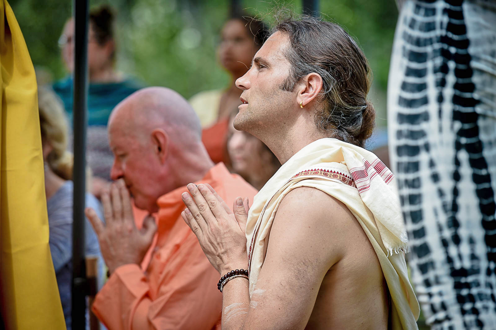 Naren Schreiner (foreground) and Swami Sankarananda (background) offer devotional prayers of gratitude and praise during YogaFest 2017. We are blessed to have these two sincere souls infuse the festival atmosphere with their deeply peaceful and supremely loving spirits, and are pleased to announce plans for both Naren and Swami to return for YogaFest 2018.