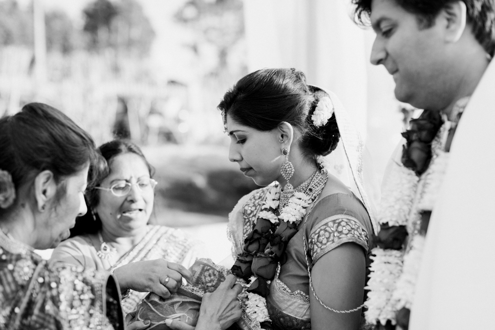 10 Hindu Wedding-Maria Rao Photography.jpg