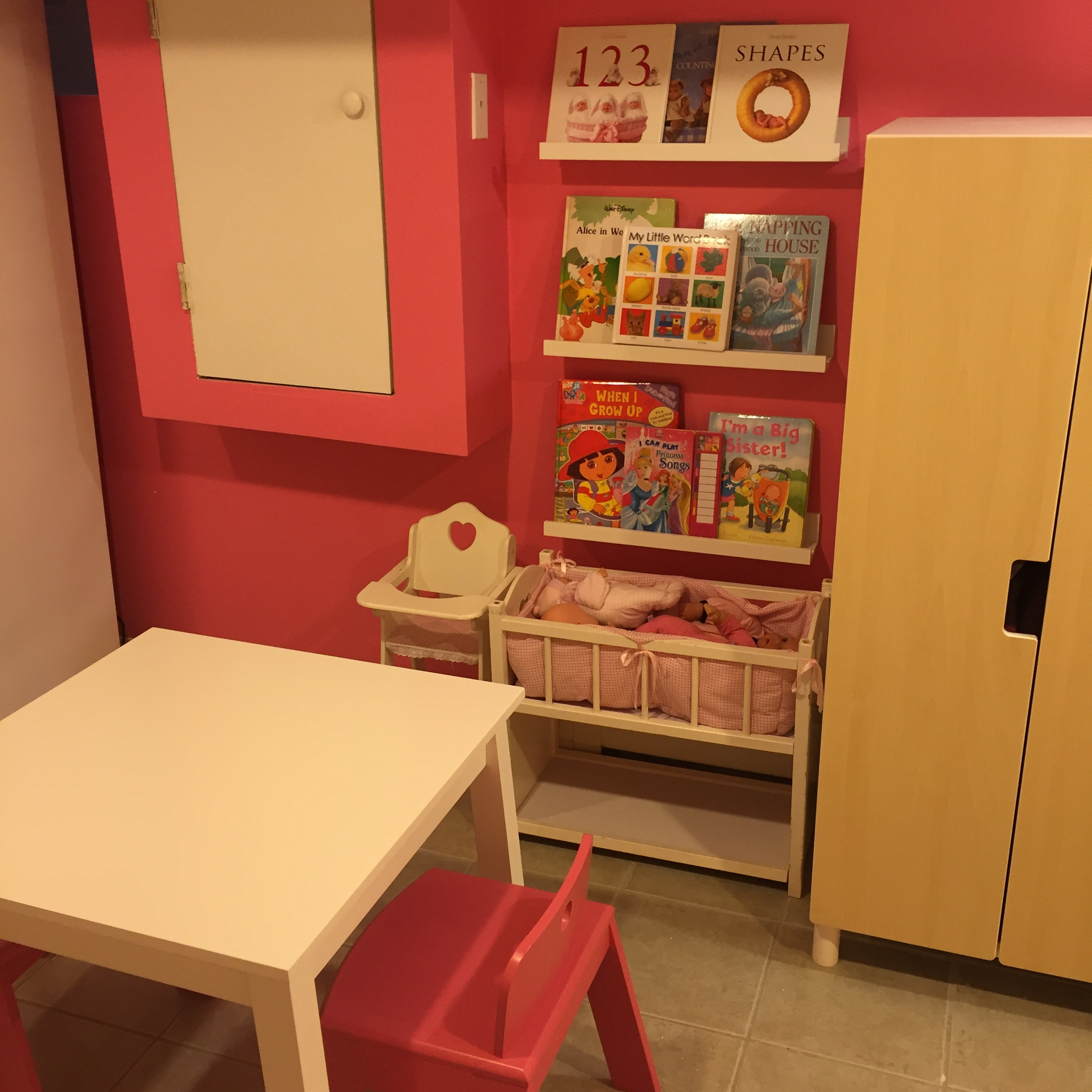 playroom 3.jpg