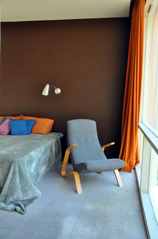 Eero Saarinen chair in the master bedroom