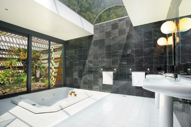 """""""Before"""" - Master bathroom with its groovy 80s reno"""