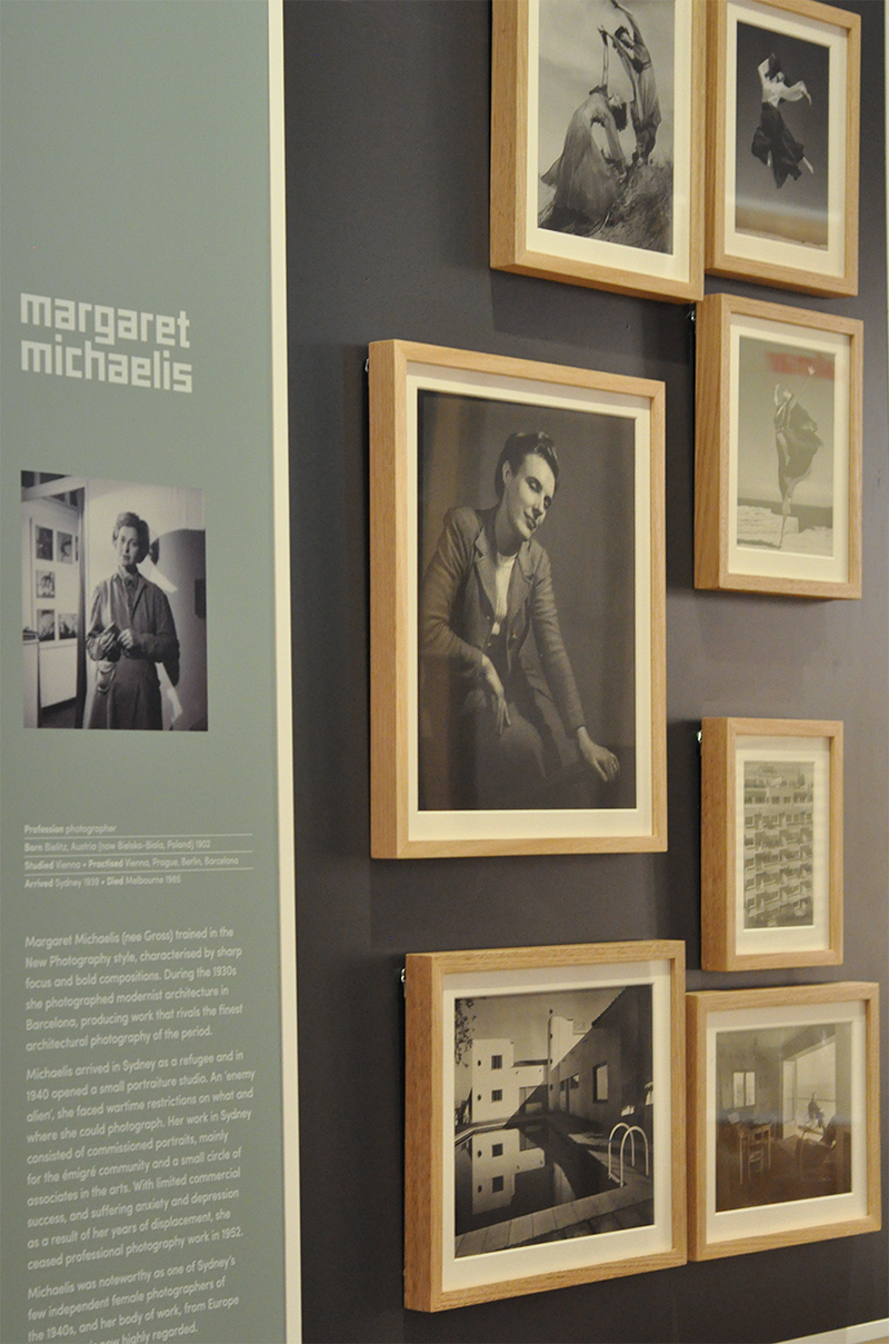 Margaret Michaelis - photographer who practiced in Vienna, Prague, Berlin and Barcelona. Sad to read that she ceased photography in 1952 due to anxiety and depression because of displacement.