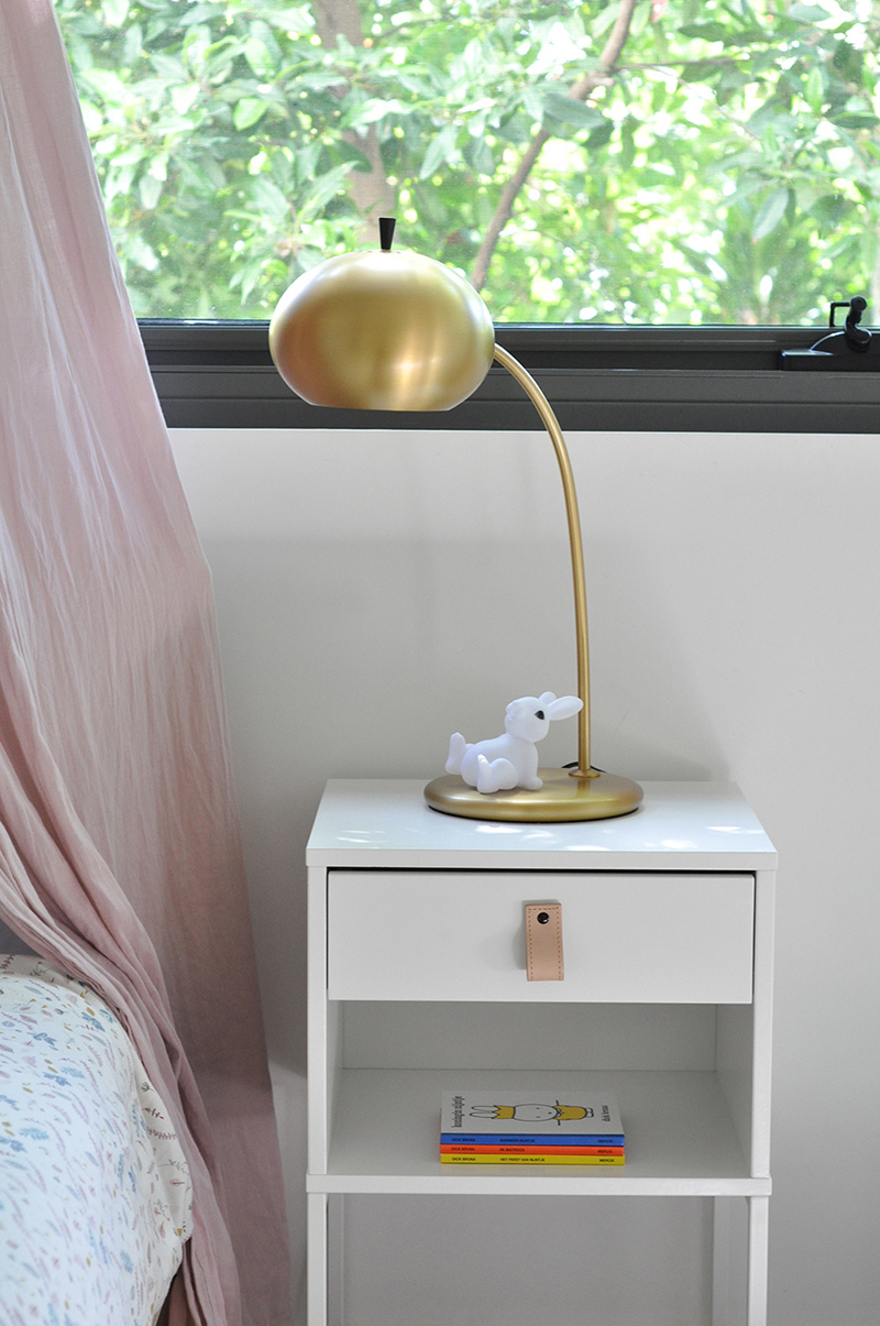 Bedsite table