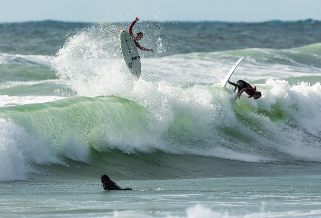 My flatmates for the week sharing meals and waves... Billy Stairmand and Sean Peggs