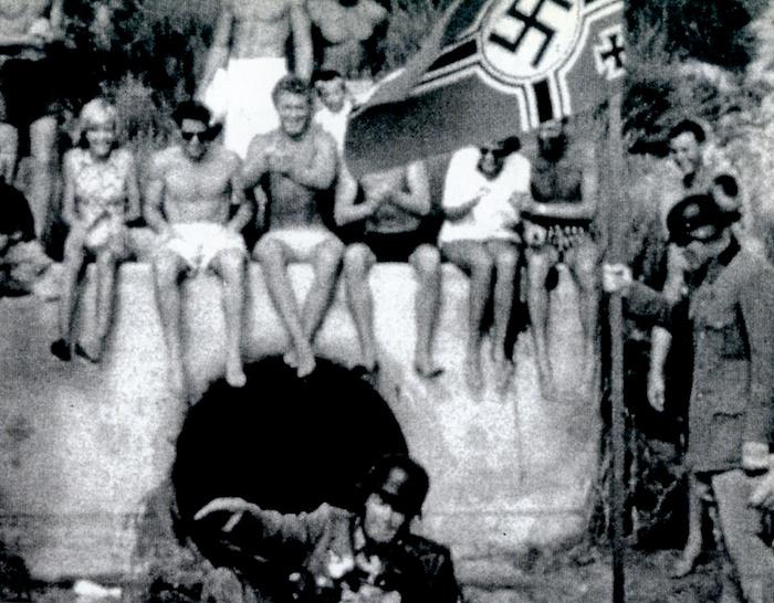 The famous Windensea board riders circa '60s