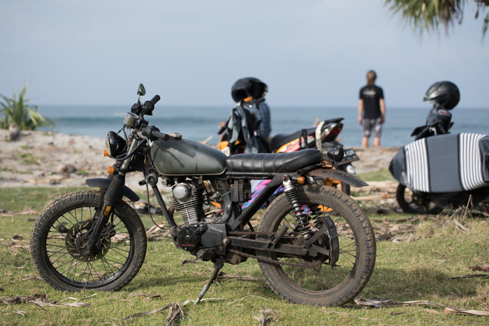 Yeah yeah there were waves at Mandiri, but how rad is this old Honda!