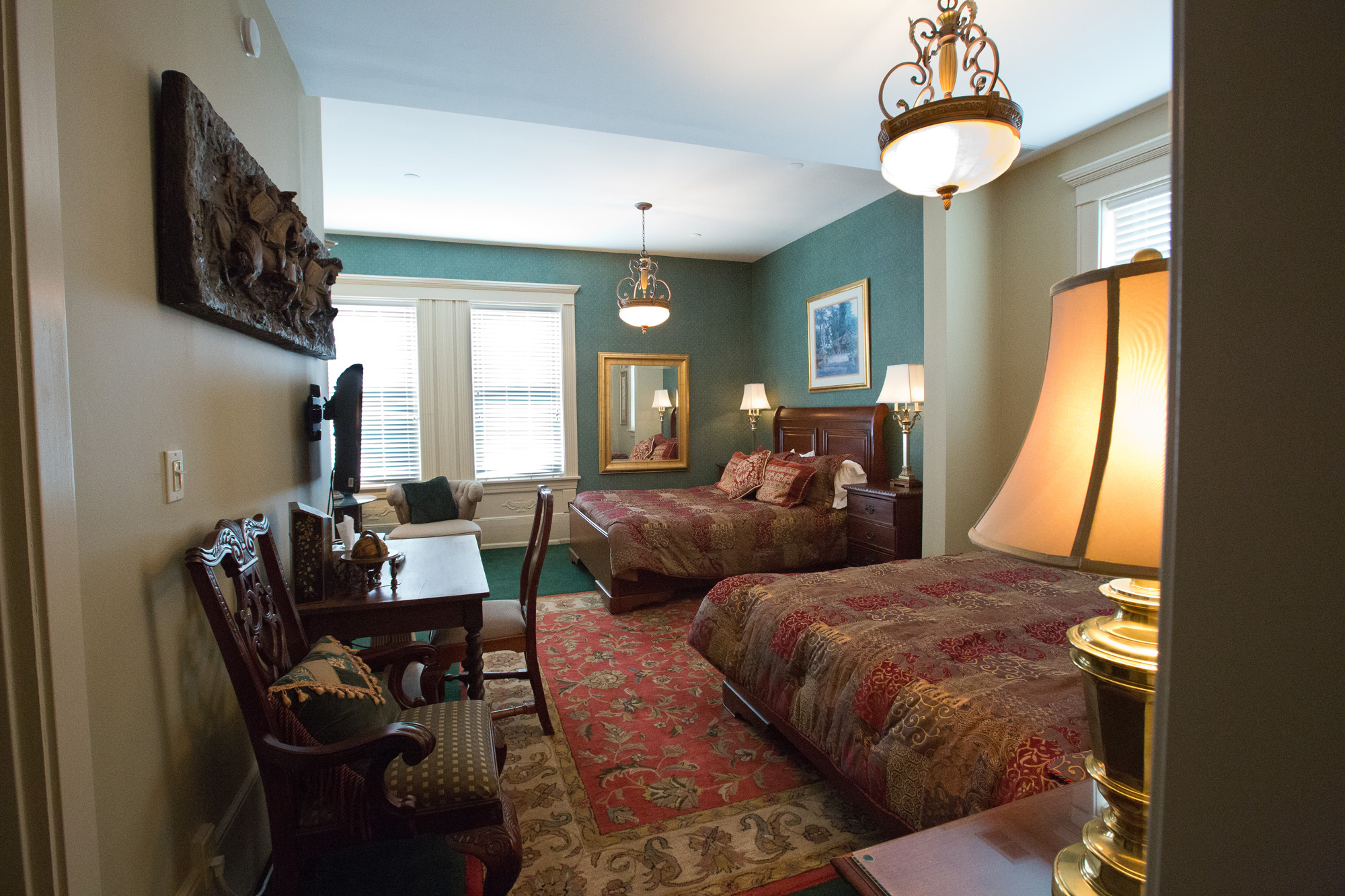Room 6 - Double Queen Bedroom - $195 per night