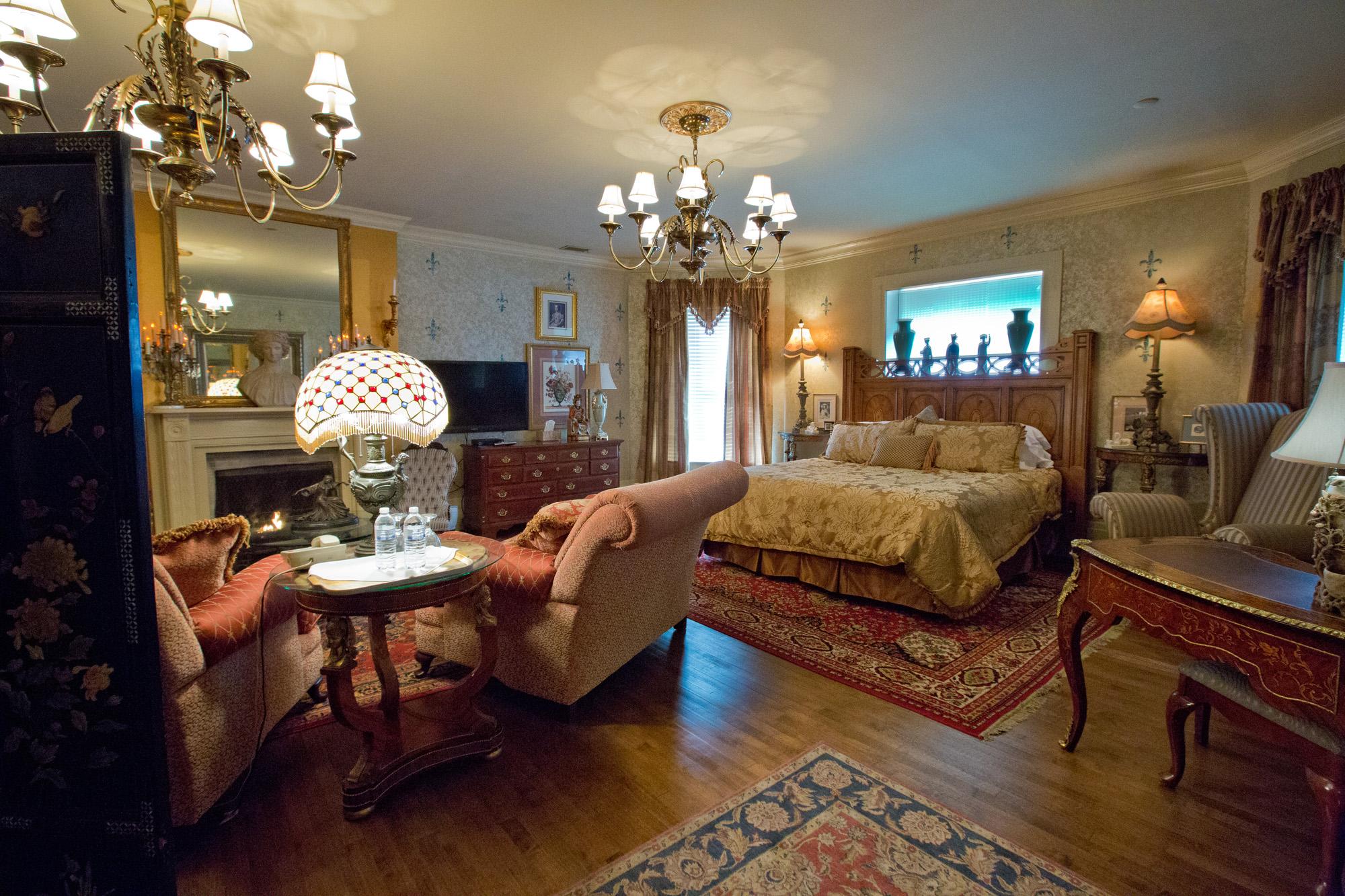Room 5 - The Master Suite - $225 per night