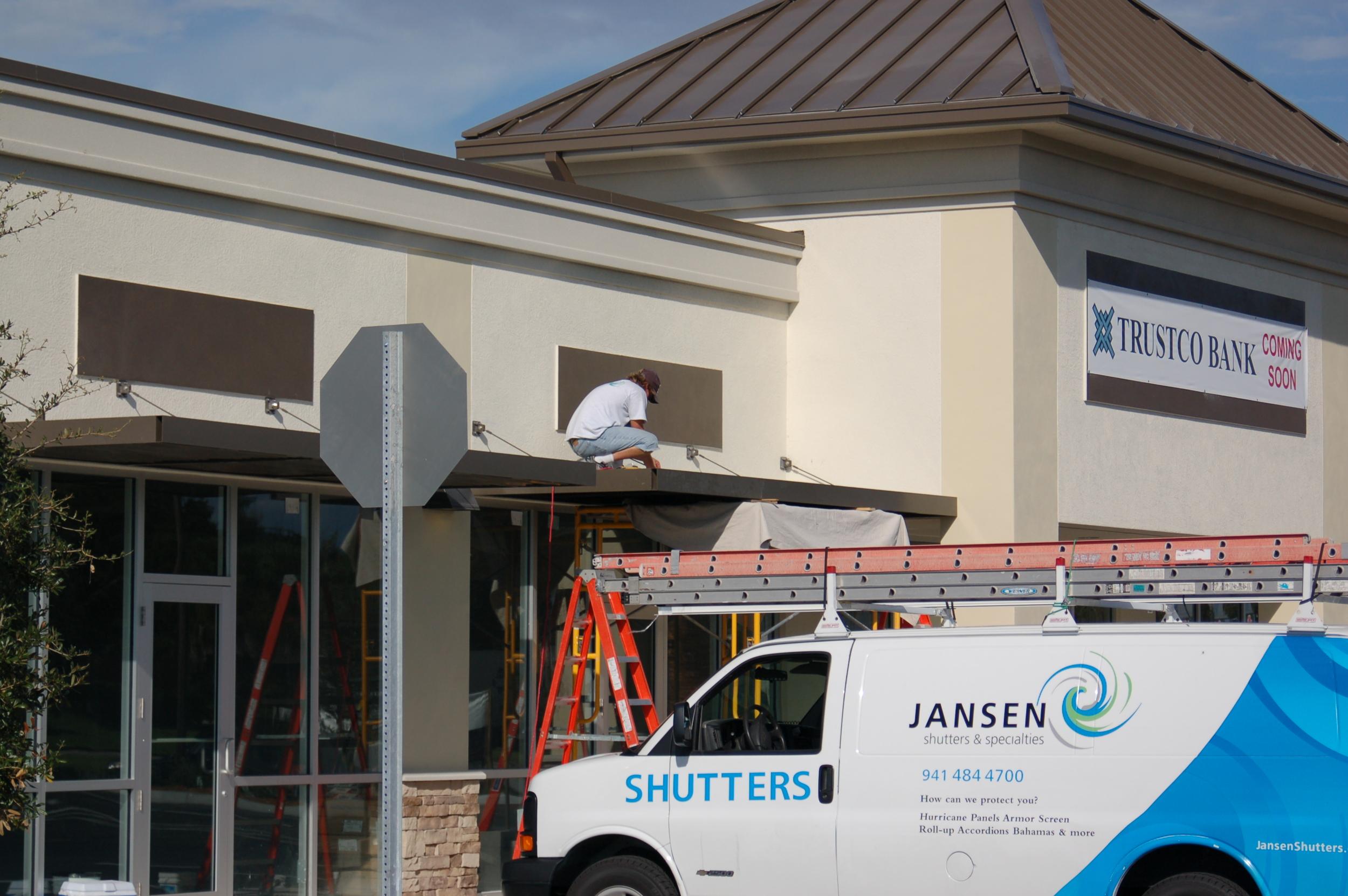 299 Installation in Progress at Englewood Bank