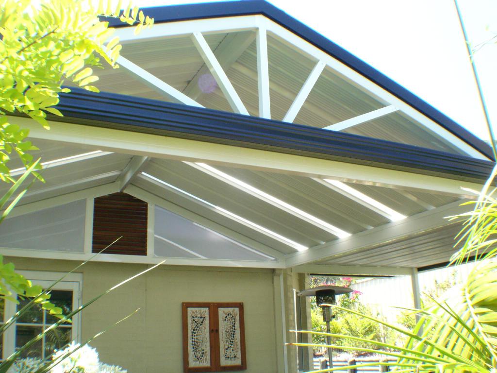 706 Custom Beams with Elite Roof Panels