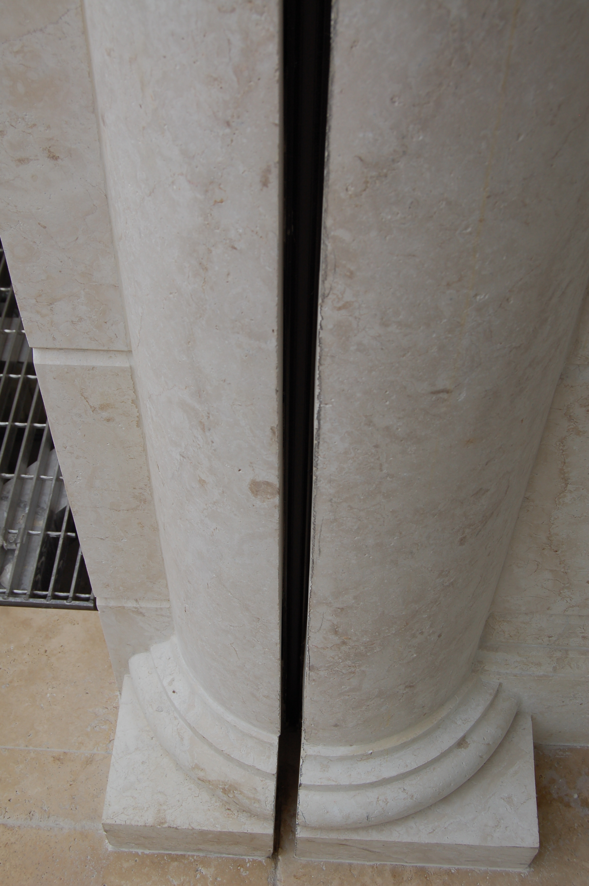 171 Round Stone Columns Cuts for Shutter of Screen Side Rails