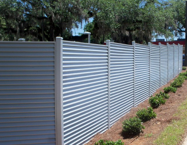 937 Louvered Fence Pricacy