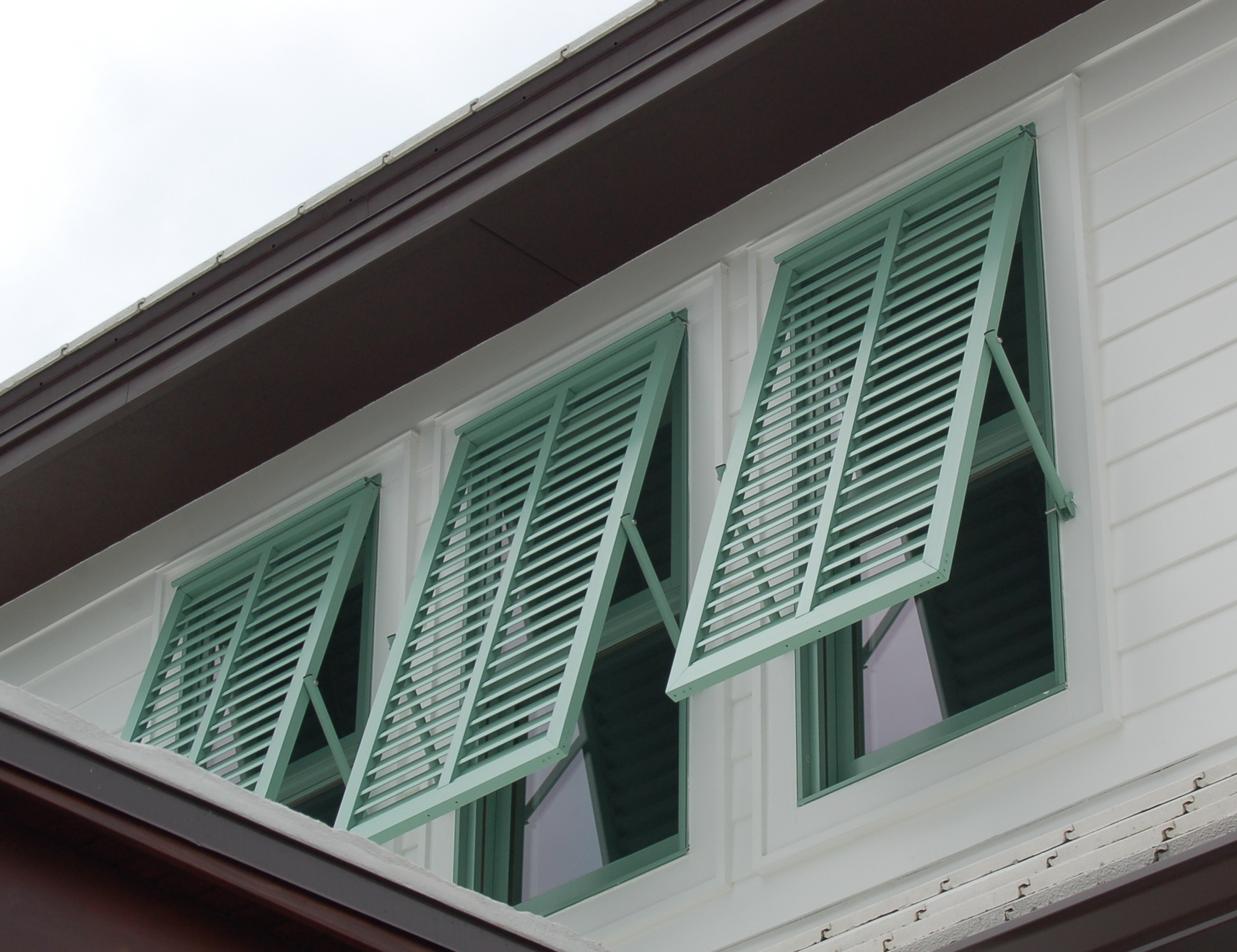74 Murray Homes Decorative Bahama Shutters