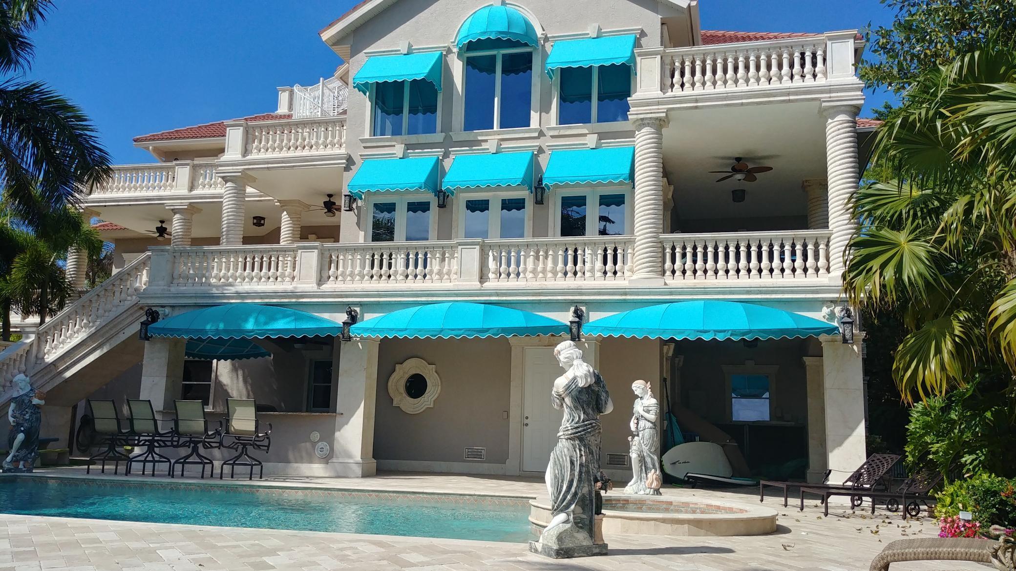 279 Casey Key Resort Awning