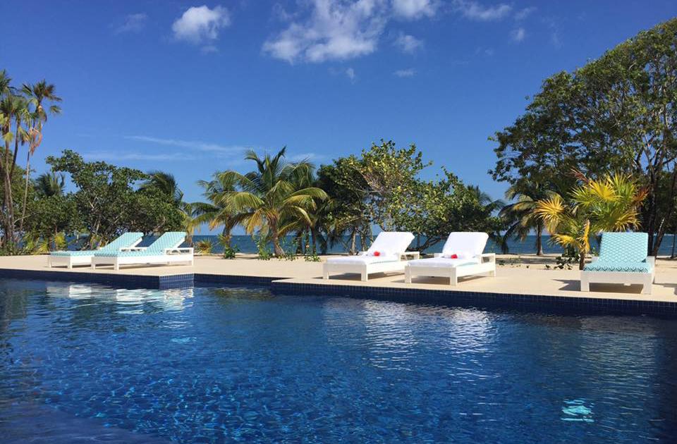 Beach-Pool_Naia-Resort-Belize.jpg