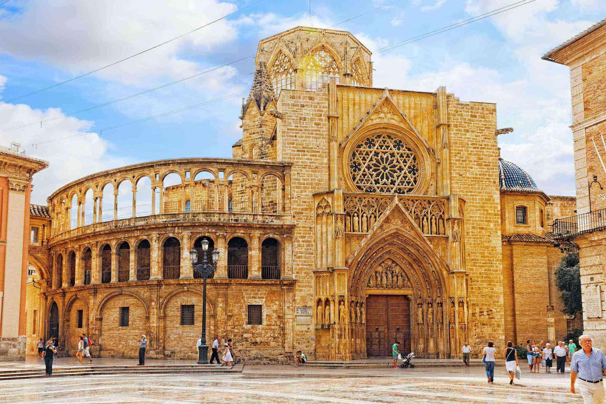 Valencia-Buildings-Valencia-Cathedral-2.jpg