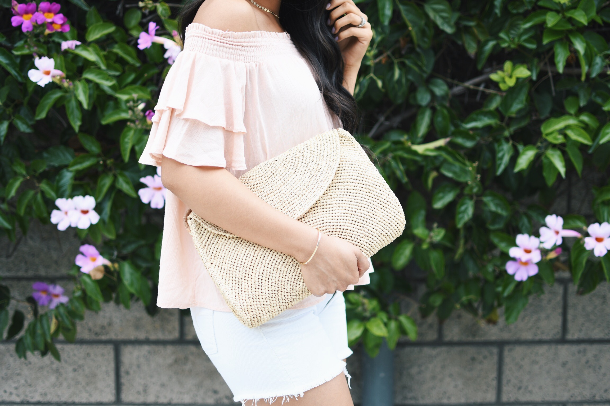 summer outfit inspo off the shoulder