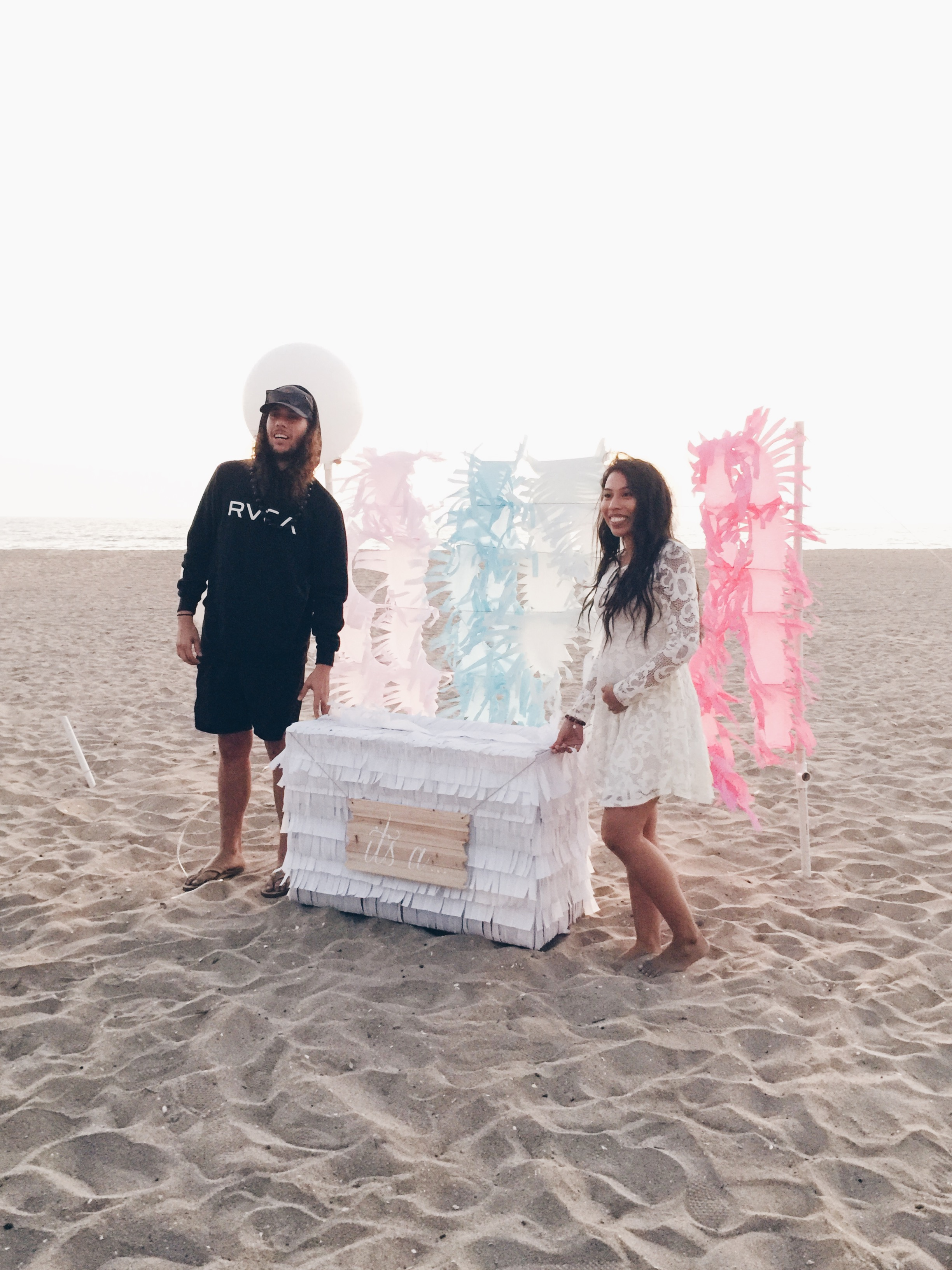 Beach Gender Reveal | Balloons