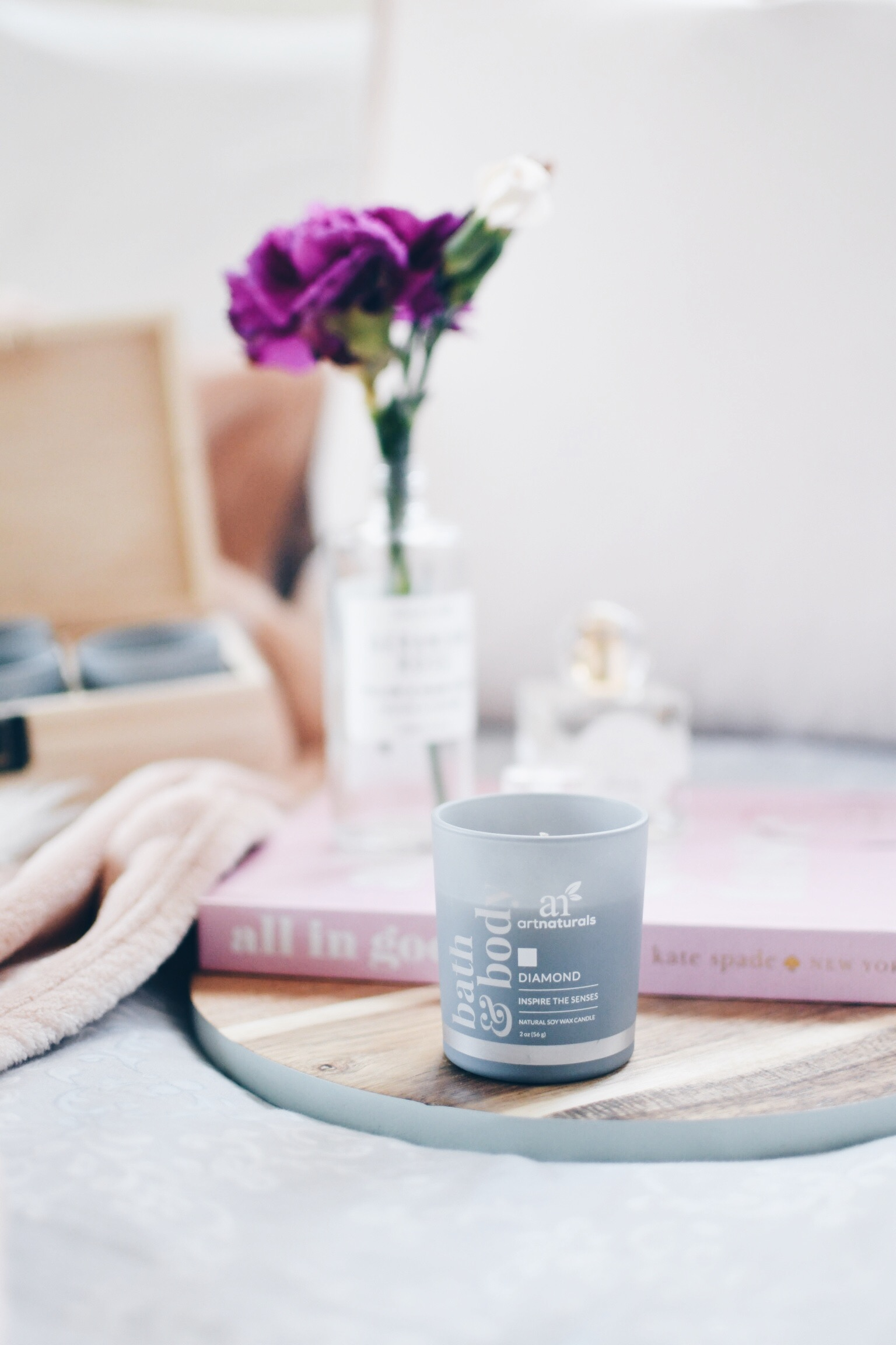 e-Stress During The Holidays // Natural Soy Wax Candle - Art Naturals