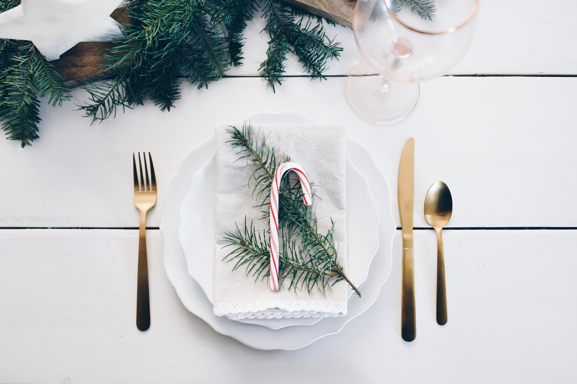 Candy Cane Holiday Table Setting