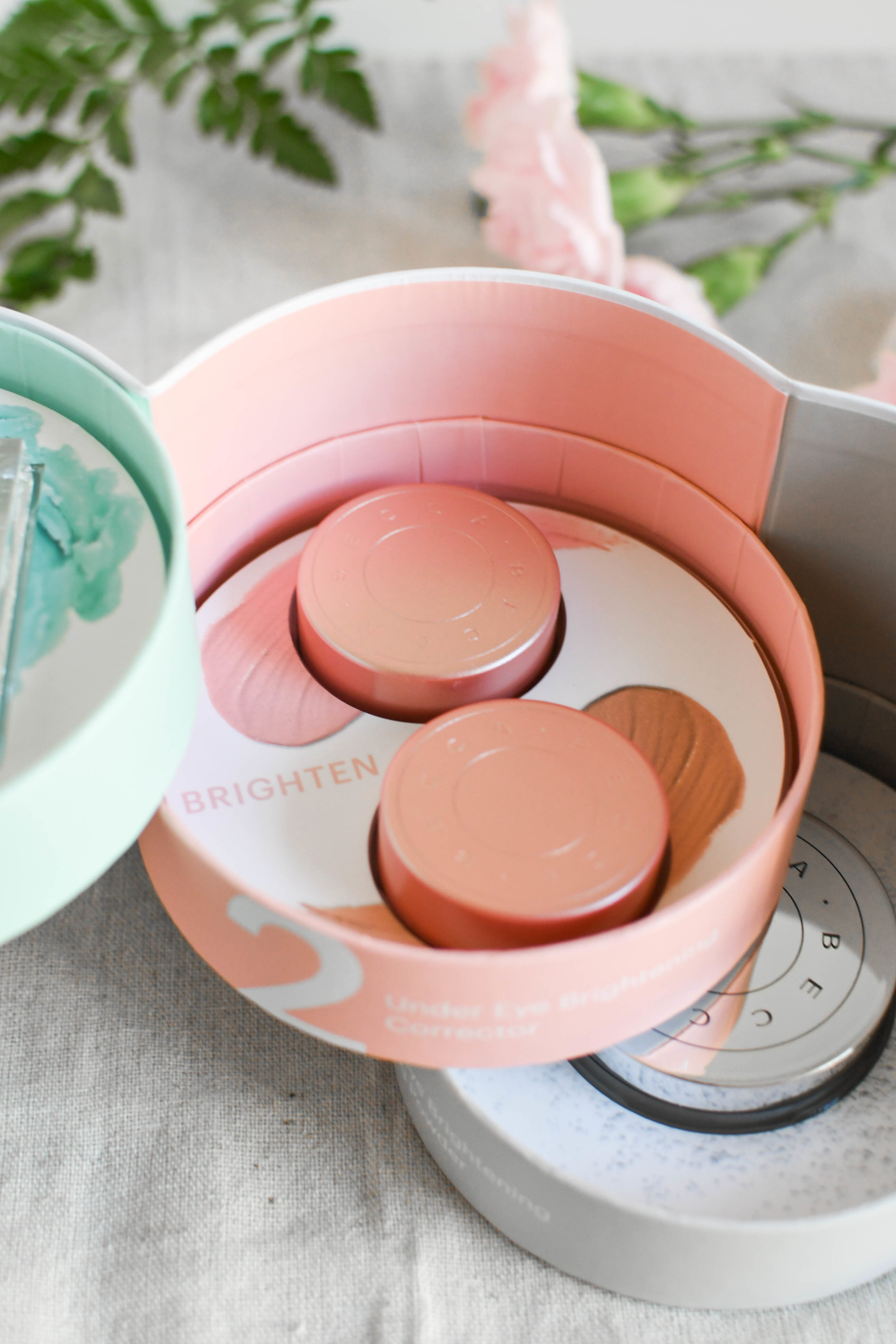 Becca Cosmetics // Under Eye Brightening Corrector Review