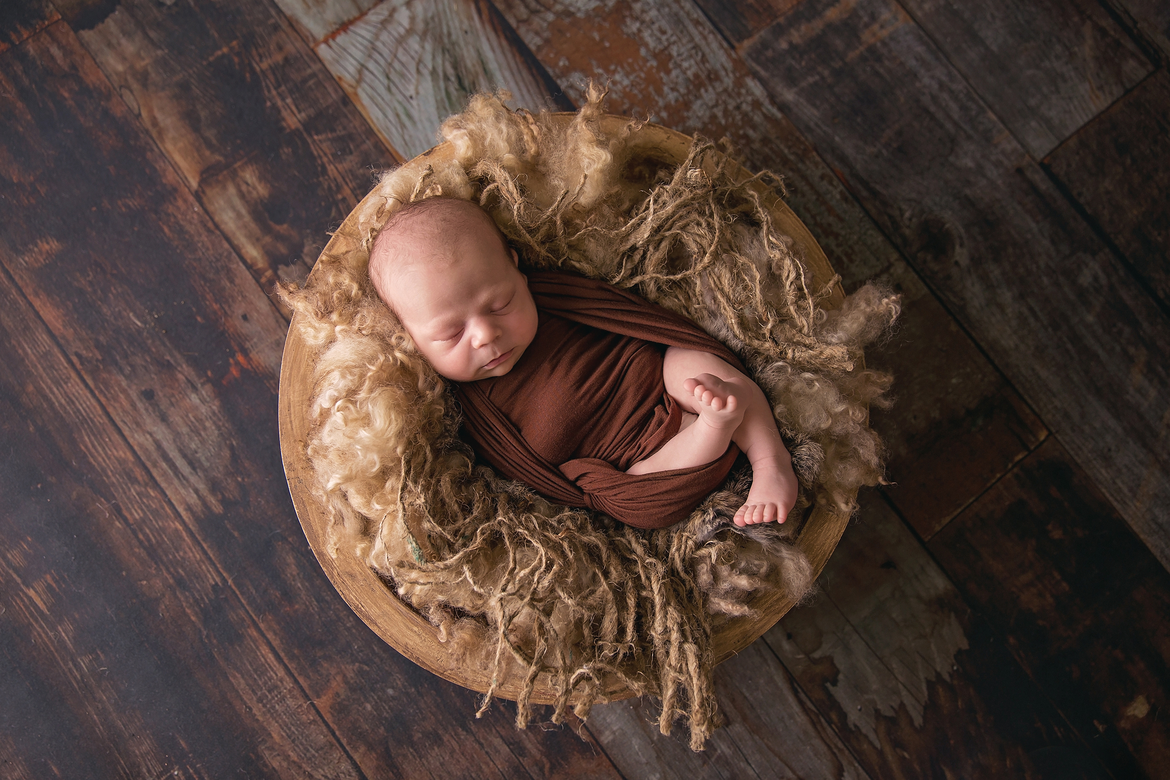 Caleb-3weeks-10edit.jpg