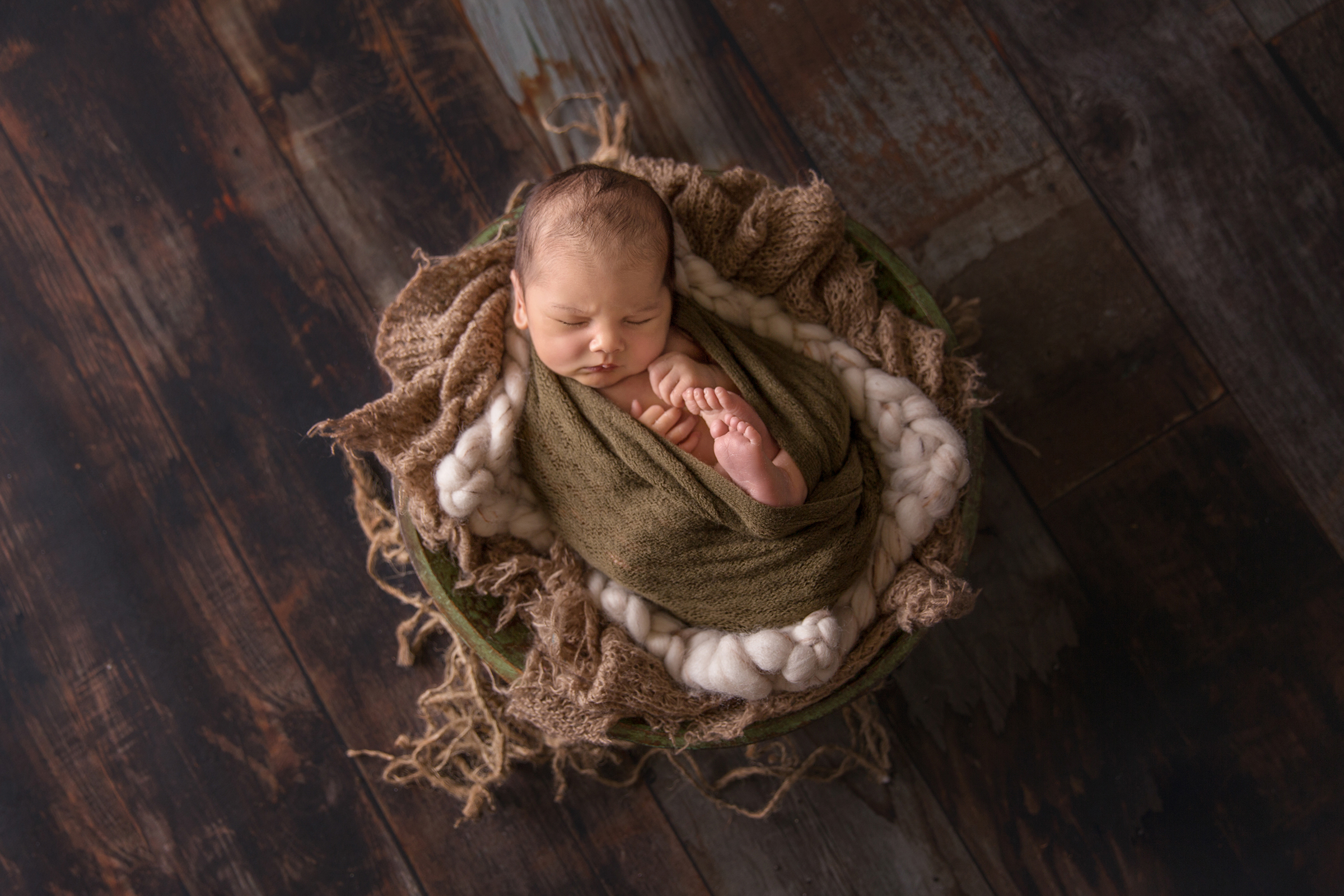 HarryNewborn-4EDIT.jpg