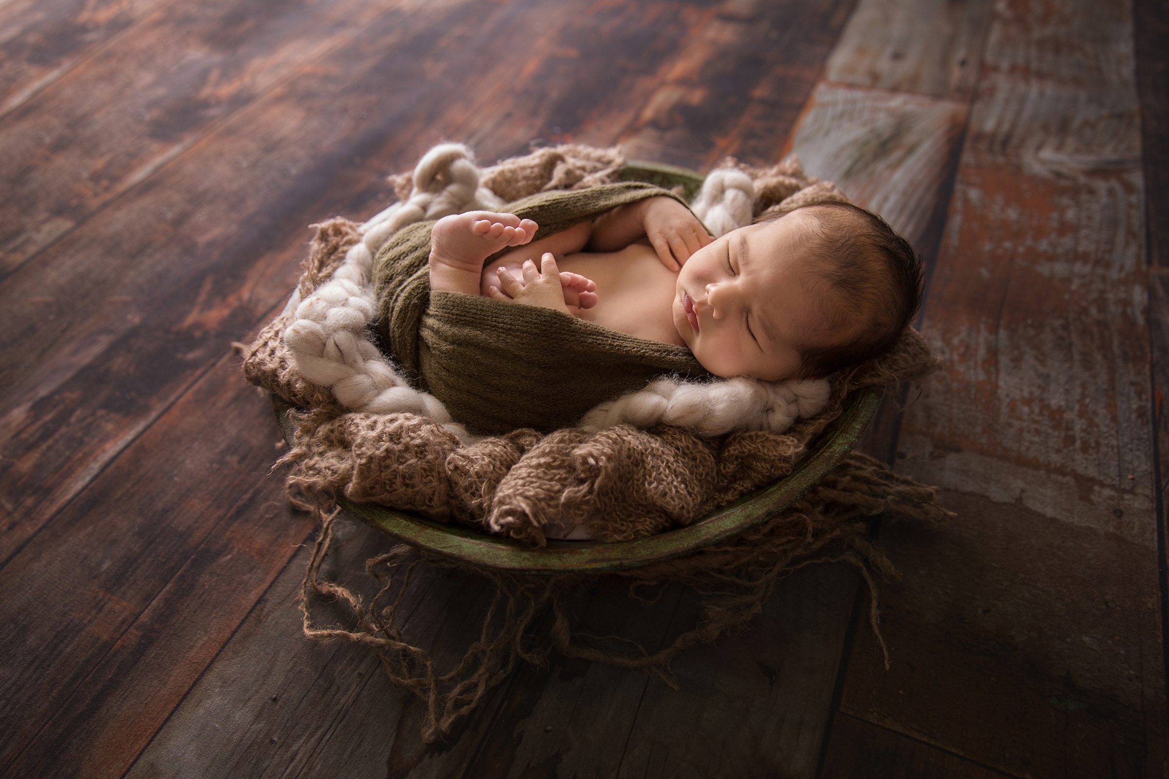 HarryNewborn-6EDIT.jpg