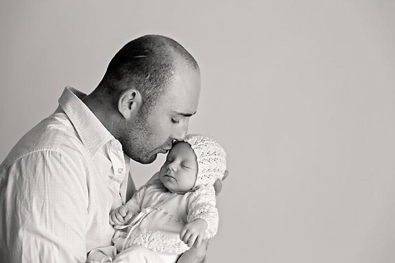 Amelie5weeks16Black&White.jpg